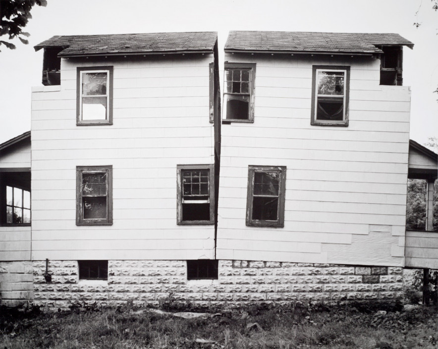 Gordon Matta-Clark, Splitting, 1974. Gelatin silver print. 16 in. x 20 in. (40.64 cm x 50.8 cm). San Francisco Museum of Modern Art, Gift of The Estate of Gordon Matta-Clark. © Estate of Gordon Matta-Clark / Artists Rights Society (ARS), New York. Photograph: Don Ross.