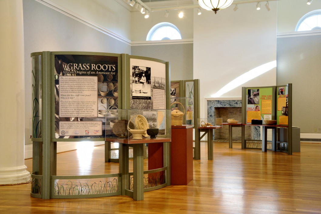 Grass Roots: African Origins of an American Art, January 28 – April 7, 2013. Installation view.
