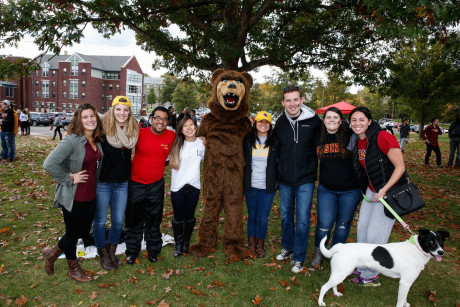 During the Ursinus 2015 Homecoming events at Ursinus College in Collegeville, PA. (Photo by Brian Garfinkel)
