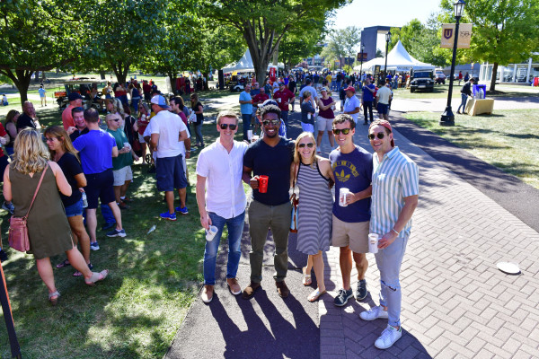 Bears, Brews & BBQ Tailgate 2019!