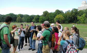 Urban foraging tour in Prospect Park, New York, NY.