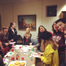 Sigma Tau Delta's cookie decorating party SP14