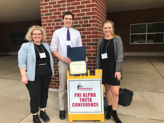 Our students routinely present their independent research at regional conference–and not infrequently win competitive awards for their work. Here are Chloe Sheraden '19, Garrett Bullock '20, and Liz Iobst '19.