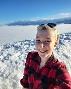 Jess Greenburg '21 took her research on the road to mountainous and snowy Wyoming over two weeks in March with envir...