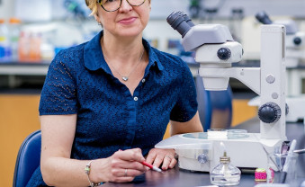 Through an NIH grant, biology professor Rebecca Lyczak and her students are researching PAM-1.