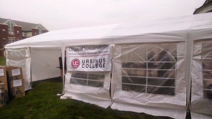 Sustainable move out tent at Ursinus