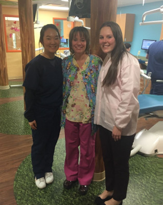 Joon (Kyung) Son '18 and Abigail Goldstein '19 shadow Kim Thomas '92 at Pediatric Dental Associates
