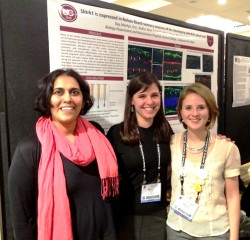 Dr. Jennifer Round's and Dr. Carlita Favero's students at the Society for Neuroscience